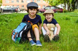 dzieciaki i plecaki